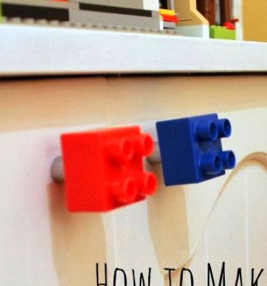 Easy Lego Duplo knobs - fun kids furniture decor // Gyerekszoba bútor fogantyú egyszerűen Lego Duplobol // Mindy - craft tutorial collection // #crafts #DIY #craftTutorial #tutorial #LegoBuilding #LegoCrafts #DIYLego