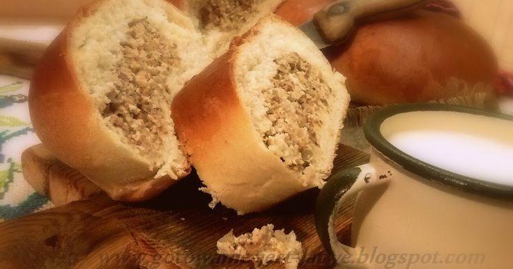 ciasto 400 g mąki 80 g margaryny 2 łyżki cukru 25 g drożdży 1 jajko pół łyżeczki soli 130 ml mleka nadzienie 1 szkl kaszy gryc...