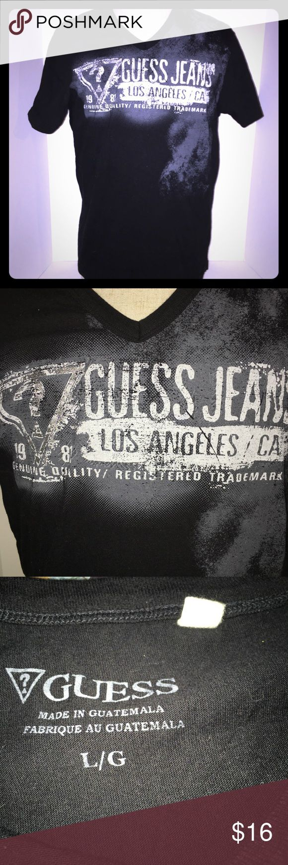 GUESS graphic California tee In excellent condition! Guess Shirts Tees - Short Sleeve