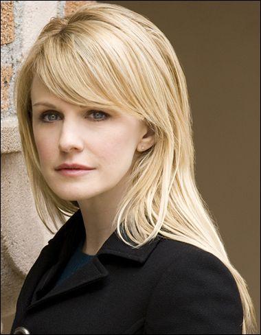 Kathryn Morris - she has the best bangs!