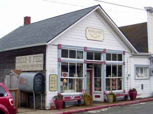 Knead & Feed Open for Breakfast & Lunch Never a bad Meal Coupeville, Washington on Whidbey Island.