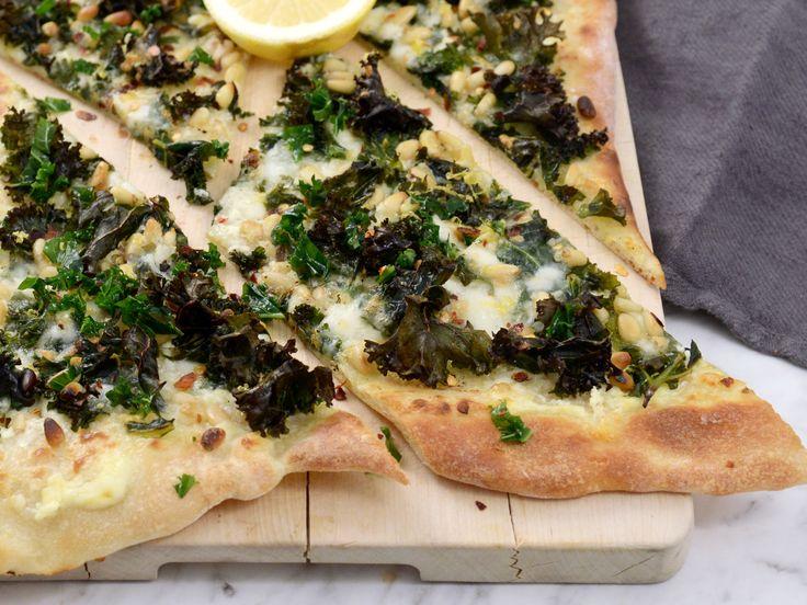 Grönkålspizza med chili och citron | Recept från Köket.se