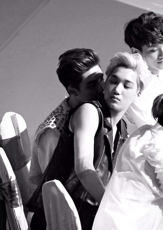 "Kaisoo...get a room, ok no. Go ahead. :3 Kesesese>>> lol Jongin: ""Babe not in public..."""