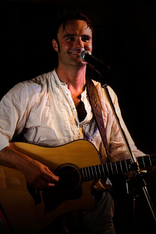 Alex Chapman is a #Gloucester based experienced acoustic guitarist and vocalist, who promises to get #wedding guests dancing with a repertoire of upbeat songs.