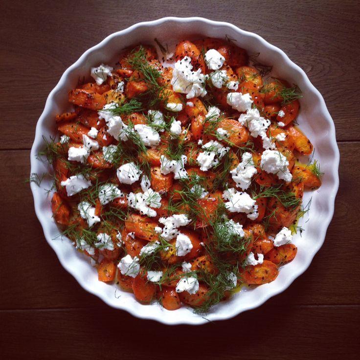 Geröstete Karotten mit Kreuzkümmel, Honig-Zitronendressing und Ziegenkäse