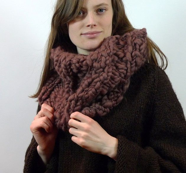 Americo Original / The Woodstock Cowl - a favourite cowl for gifts - knit it up in a few hours on 15mm needles!