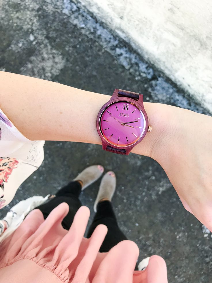 The perfect arm candy + GIVEAWAY! Loooving my new watch from @jordwatches I couldn't resist the 'Frankie' watch in the purpleheart & plum color, such a beautiful color. I've teamed up with @jordwatches to give one lucky person the chance to win $100 credit towards your very own #JordWatch {GIveaway link in Bio} Everyone who enters will get a $25 credit. The contest will close Nov 12, 2017 at 11:59pm #jordwatches #woodwatch #fashionablyally