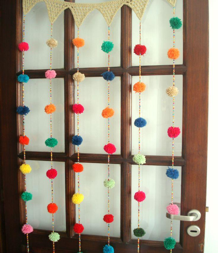 Cortina crochet Mil pompones multicolor