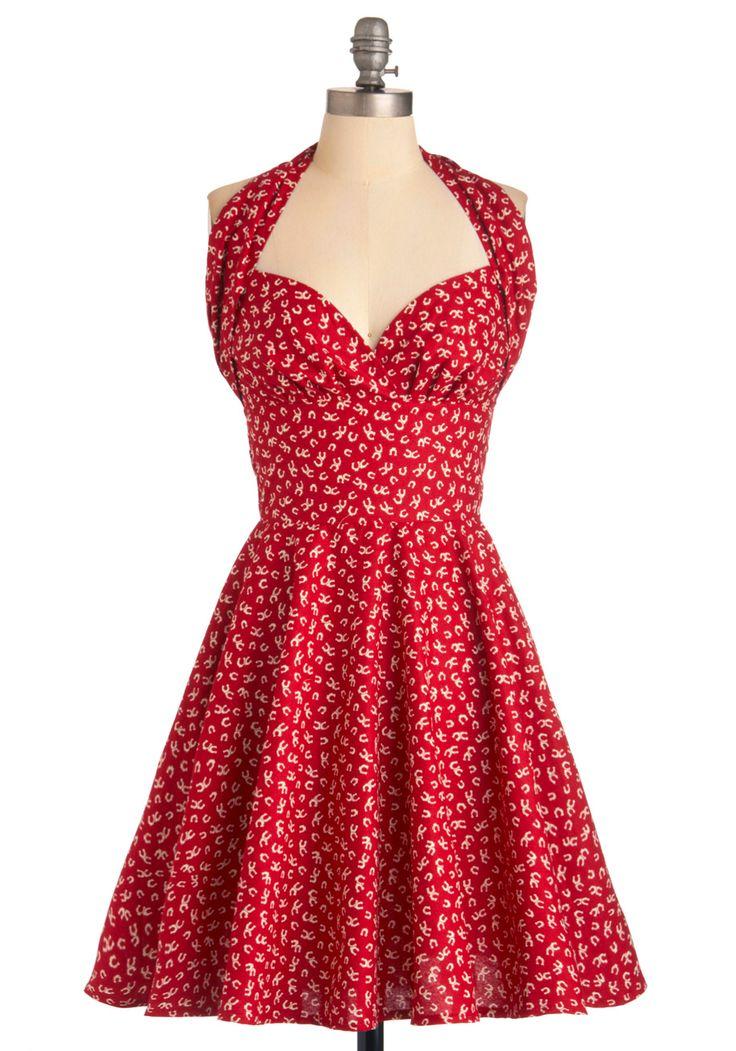 Vielleicht würde ein Kleid wie dieses mein Leben nicht unbedingt schöner, besser und reicher machen ... aber: Wer weiß?! Ich könnte es ja mal ausprobieren ...!  ;-)