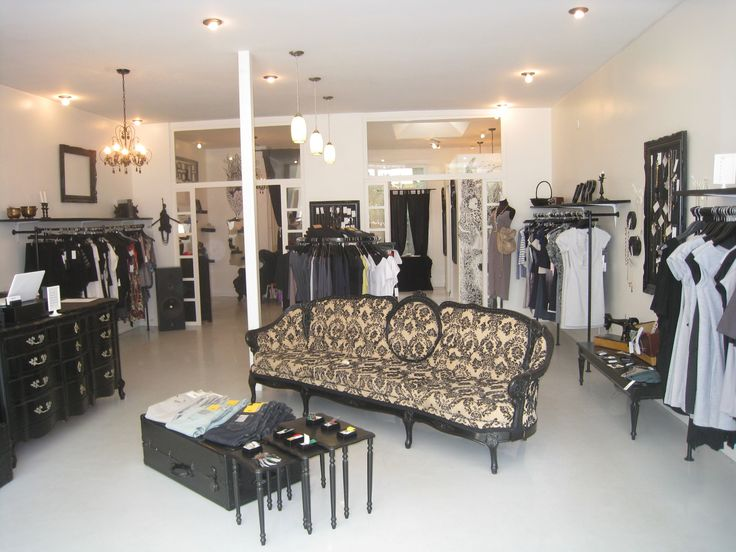 1000 images about boutique layouts on pinterest store for Small boutiques