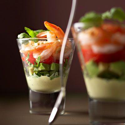 Découvrez la recette Verrines de crevettes sur cuisineactuelle.fr.