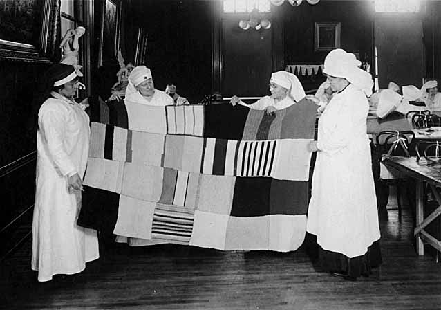 Knitting History Society : Red cross knitting projects st paul minnesota