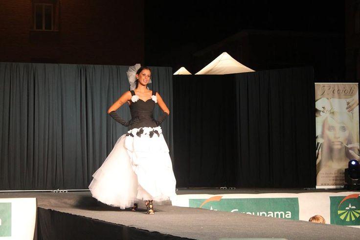 CAROLINA veste La sposa vanitosa