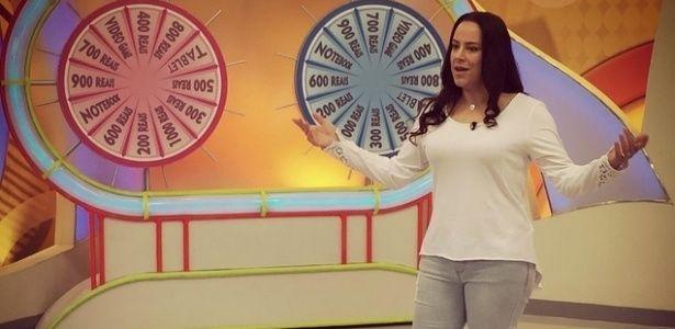 TV SAQUA TV: Silvia Abravanel apresenta o Bom Dia & Cia no SBT