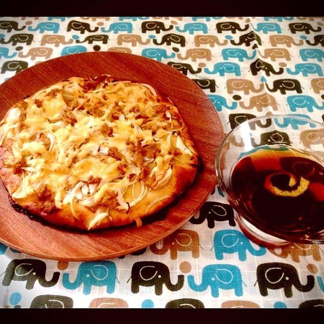 ハワイ土産にパイナップルシュガー、カナダ土産にメープルシロップじゃなく蜂蜜!を頂いたので、紅茶ゼリーに使ってみました。 - 37件のもぐもぐ - ツナと新玉ねぎのピザ&紅茶ゼリー by ちあき