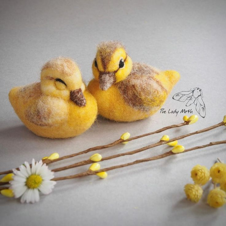 Needle felted ducklings - there are still spaces available for my sleeping duckling workshop on 18 February, Cambridge UK #needlefelting  #felting #ducklings #duck #spring #learning #teaching #workshop #classes #easter #springdecor #yellow #wool #design #cuteanimals #animallovers #bird #babybird #fibreart #ukartist #cambridge #cambridgemade #creative #handmade #ooak