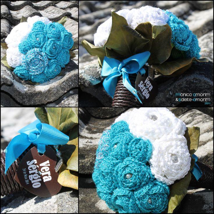 Rosas feitas em croché (Salete Amorim). Montagem do bouquet (Mónica Amorim)