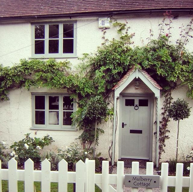 The 25 best upvc windows ideas on pinterest - Exterior paint colours uk gallery ...