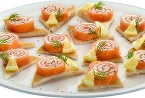Zalmrolletjes met Roomkaas op toastje (volle roomkaas is veel lekkerder en nog gezonder ook)