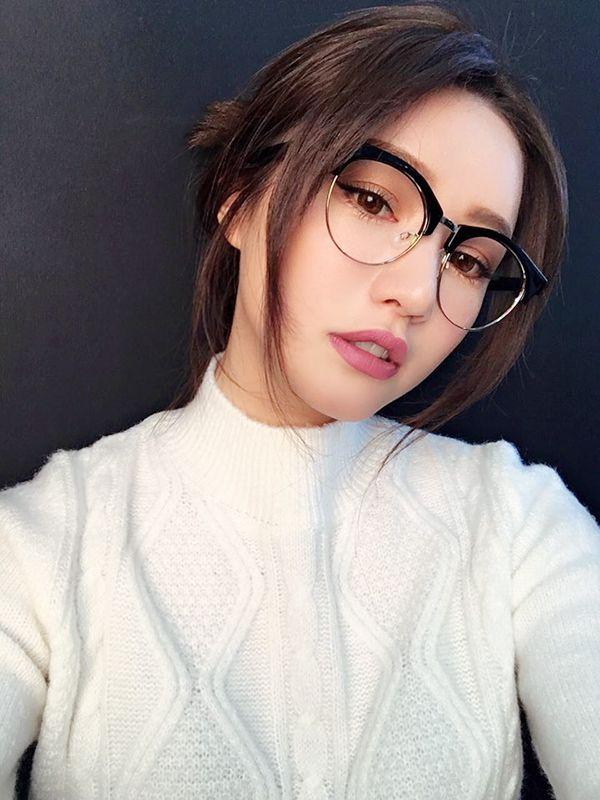 (พร้อมส่ง) STYLENANDA 3CE MATTE LIP COLOR #907 OLD DRESS ลิปเนื้อแมทต์ คอลเลคชั่น winter ใหม่ล่าสุดจาก 3CE เม็ดสีแน่น สีสวยมาก เป็นรุ่นที่สาวๆ ถามหากันเยอะมากค่ะ :: เครื่องสำอางค์เกาหลีสุดฮิต 3ce 3 Concept Eyes พร้อมส่ง Skinfood Etude House Closee Doctor Dr.MJ เครื่องสำอางญี่ปุ่น Thefaceshop Innisfree TonyMoly เครื่องสำอางค์นำเข้า เครื่องสำอางค์เกาหลี พร้อมส่ง เครื่องสำอางค์เกาหลี ของแท้100% บีบีครีม, แป้งฟัพ, เค