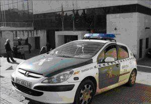 coche guadia civil
