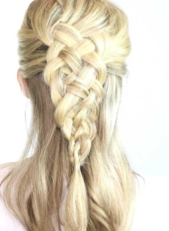 Haare hochstecken undone