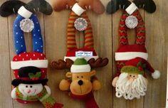 christmas-doorknob-hangers