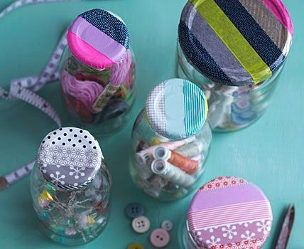 Washi tape to decorate jar lids. washitapemexico.com for the tapes