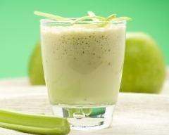 Smoothie pomme poire http://www.cuisineaz.com/recettes/smoothie-pomme-poire-64633.aspx