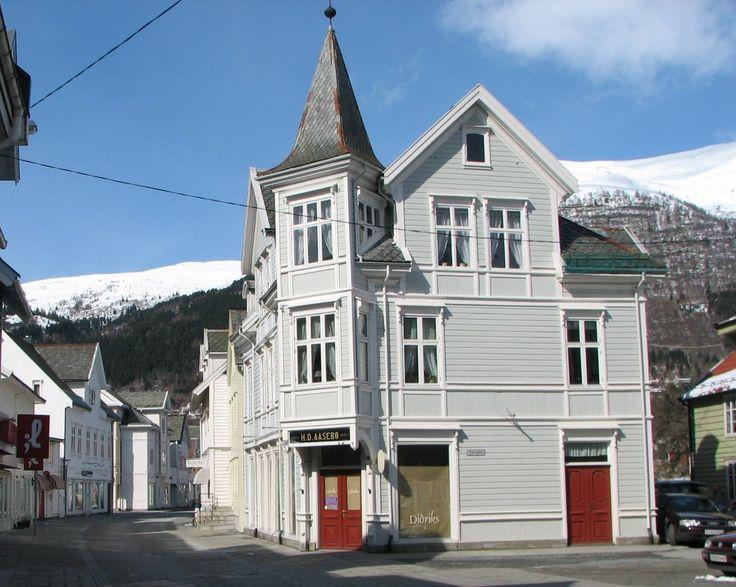 Nordfjordeid, Eidsgata