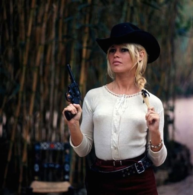 Bandit Babes of the Wild West - Brigitte Bardot is the ultimate Bandit Babe in Shalako (1968)