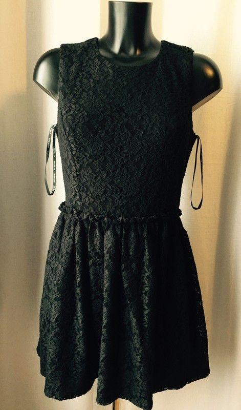 Robe Morgan dentelle noire 💋🖤 NEUVE de marque Morgan. Taille 42 / 14 / XL à 23.00 € : http://www.vinted.fr/mode-femmes/petites-robes-noires/37844777-robe-morgan-dentelle-noire-neuve.