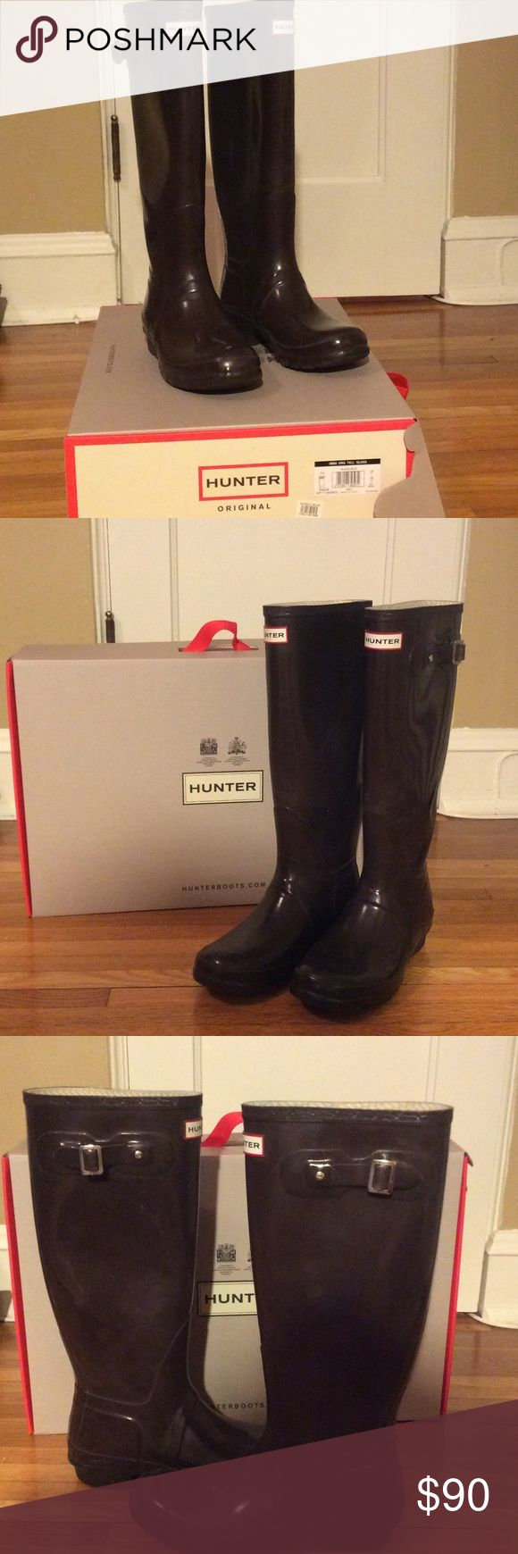 Hunter rain boots (tall) Tall Hunter rain boots. Pre-owned. Right boot side strap loose. Willing to negotiate price Hunter Shoes Winter & Rain Boots