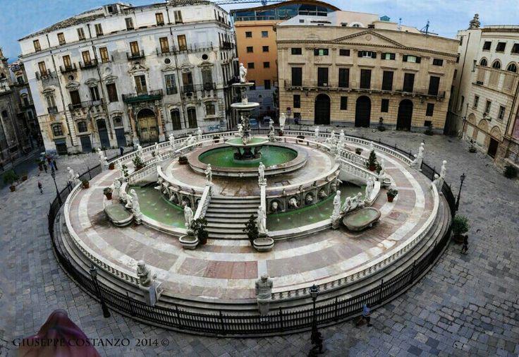 Palermo - Fontana Pretoria (detta della vergogna) - 1554
