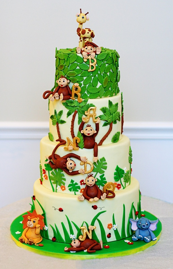 Jungle Cake.... Want to indulge Savannah's Curious George obsession this year....
