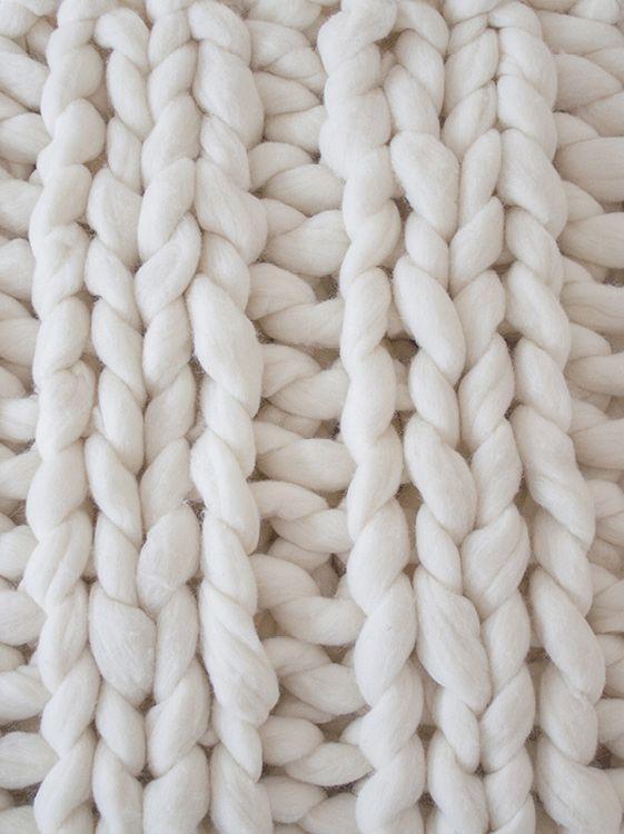 Ribbing stitch blanket Fuchsia-Couch | Knittingnoodles
