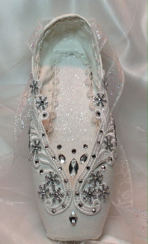 Cascanueces Snow Queen/copo de nieve en blanco. por DesignsEnPointe
