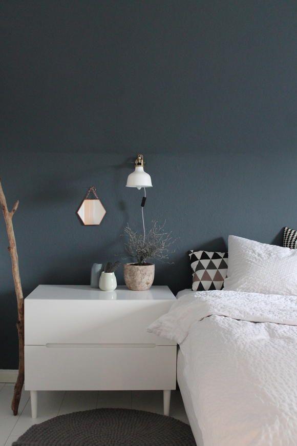 dunkelblaue wand im schlafzimmer - Schlafzimmerwandfarbe Fr Jungs