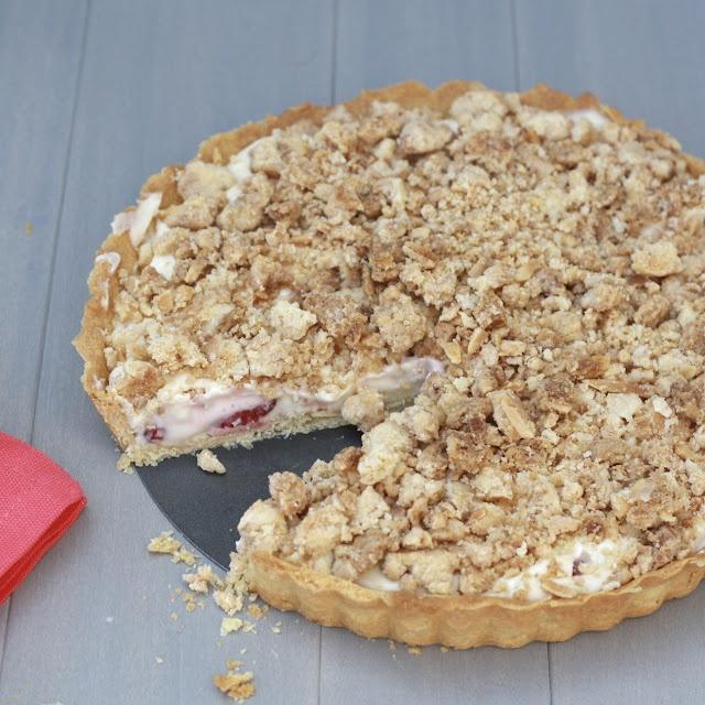 Strawberry Cream Cheese Crumble Tart | Sweet Treats & Breads | Pinter ...