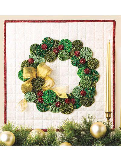 Quilting - Holiday & Seasonal Patterns - Christmas Patterns - Yo-Yo Wreath Door Hanging