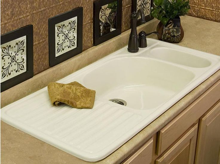 Five new options for farmhouse kitchen drainboard sinks including a design