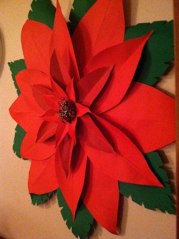 este es un flor de pascua de flor gigante de papel magnfico se hace de