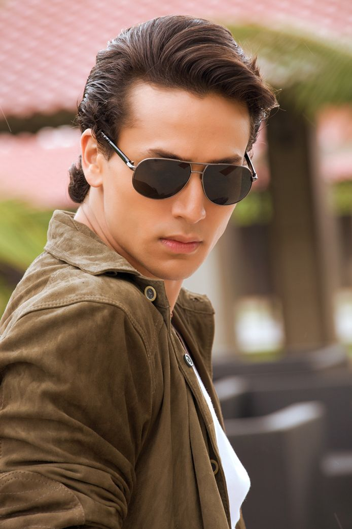 Tiger Shroff to release music video dedicated to Michael Jackson,Tiger Shroff, Michael Jackson, Actor, Bollywood Aaina
