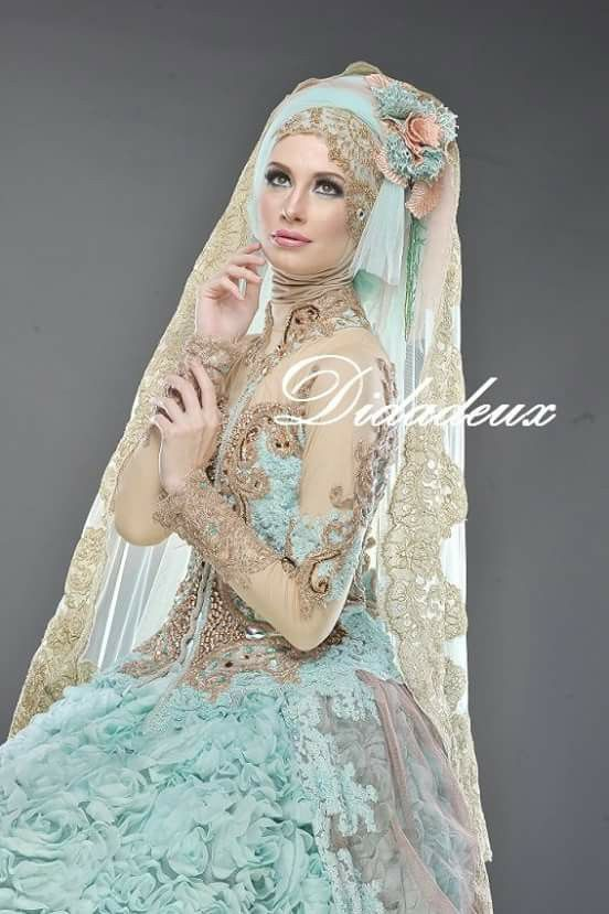 Indonesian wedding hijab By didadeux