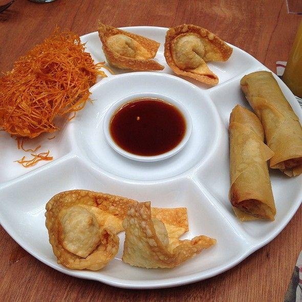 Degustacion De Piqueos Fritos @ Madam Tusan