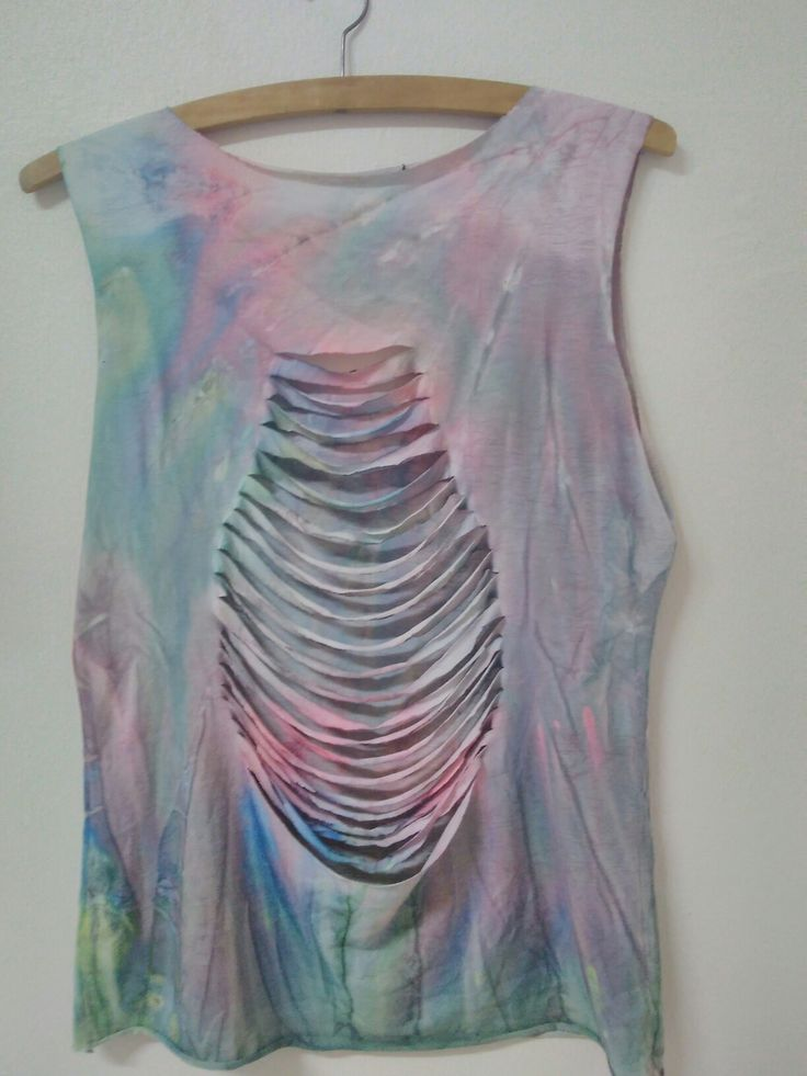 Tie dye with cuts