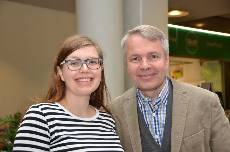 Reija Knuutilan asiantuntijavideopankin urakka on maalissa. Viimeinen lassottava oli kansanedustaja Pekka Haavisto. Videohaastattelun suora linkki: https://www.youtube.com/watch?v=Z9DJ1wbv2bg #sovittelu #ympäristö #pekkahaavisto