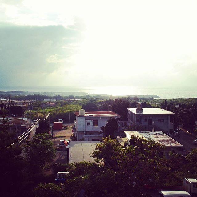 【aroma_nu_hashimoto】さんのInstagramをピンしています。 《おはようございます。 今日も元気に参りましょう! . . . #沖縄 #離島 #粟国島 #あぐにじま  #沖縄移住 #沖縄観光 #ナチュラルライフ #Japan #okinawa #aguni #island #シュノーケリング #ダイビング #ジョギング #ウォーキング #アロマセラピー #南国 #天の川 #花 #野草 #星空 #海 #朝活 #diving #aroma #naturallife #sea #happy #love》