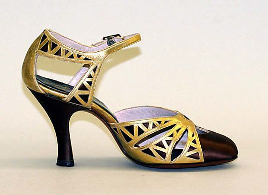 Late 1920s-early 1930s, AMerica - Evening sandals by Morris Wolock & Co. - metallic leather, rayon, metal