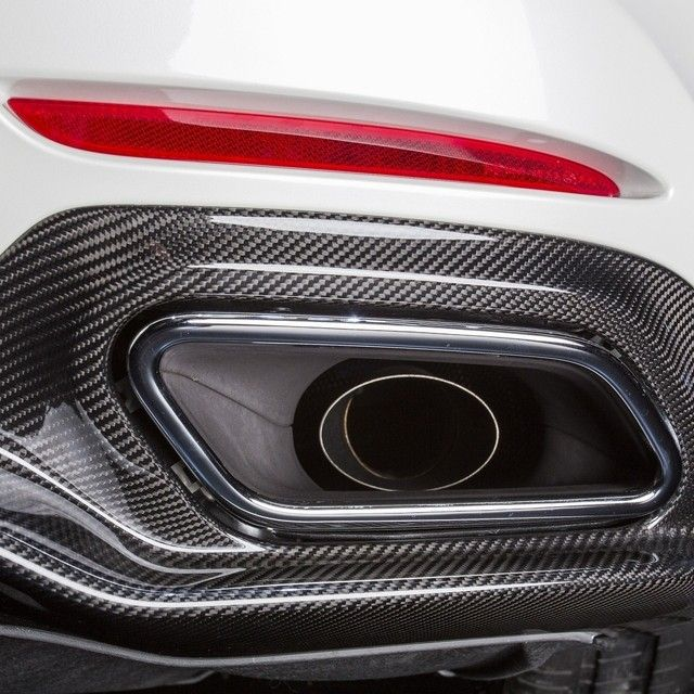 Featuring exhaust notes that purr, growl and roar, the AMG GT S is music to your ears. - Yesssss!